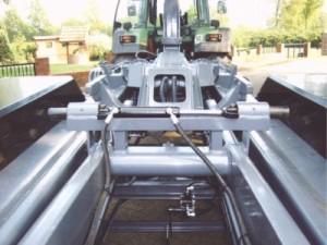 hydraulischeContainerverrigelung